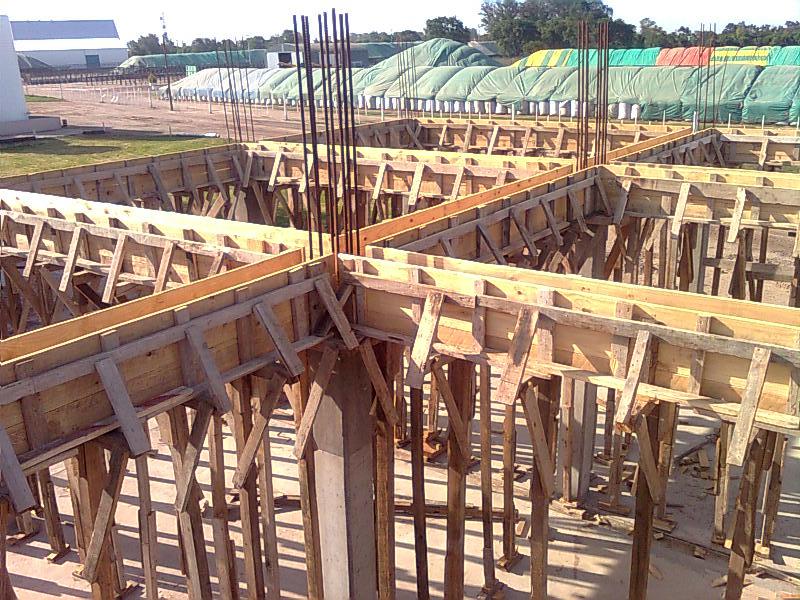 Construcci n de vigas de hormig n armado for Construccion de piletas de hormigon