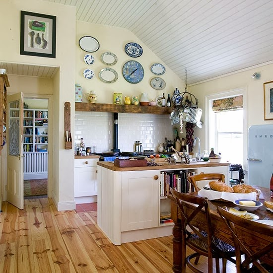 Smitten with pretty kitchens cozy little house for Cream country kitchen designs