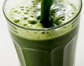 Suco de Couve - veja 3 receitas de suco de couve, o famoso 'suco verde'