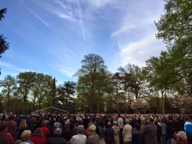 Papanuzonderquil Over Leven 4 Mei 2015 At Volkspark Enschede