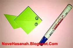 cara atau langkah menambahkan mata pada origami berudu (kecebong) katak