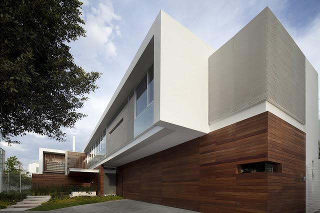 Modern exterior facade of the FF House in Mexico
