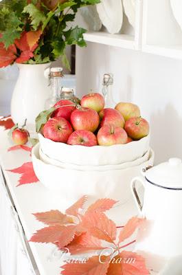 Apples, muffins and a small Ikea makeover / Jablká, muffiny a malá ikeácka prerábka