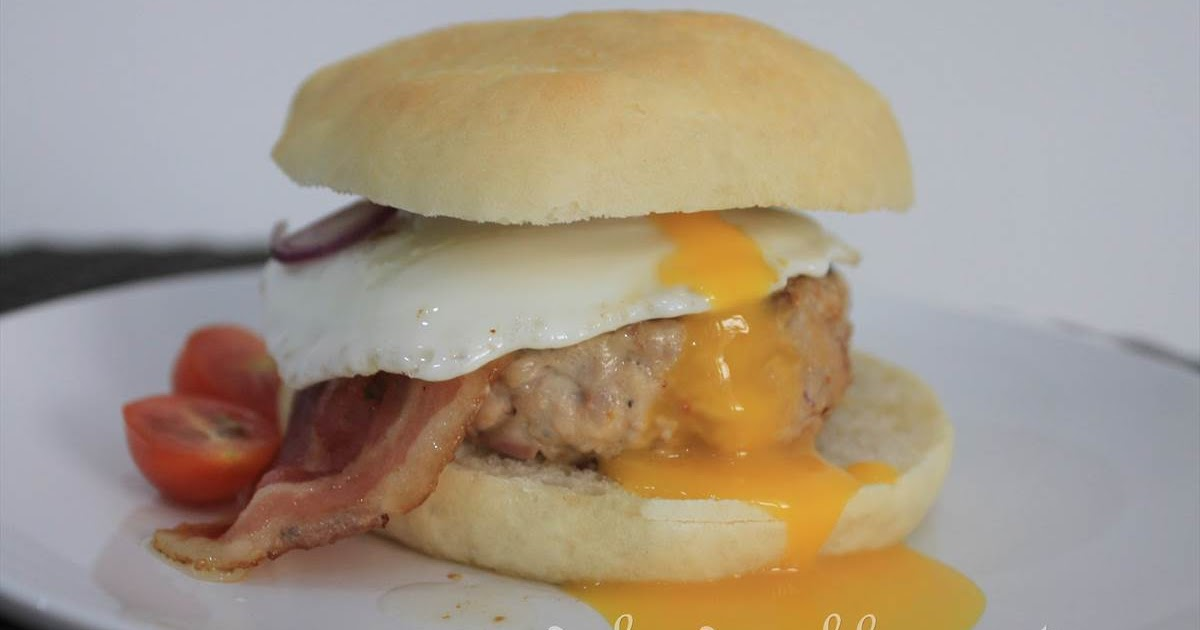GoodyFoodies: How to Make Your Own Hamburger Buns