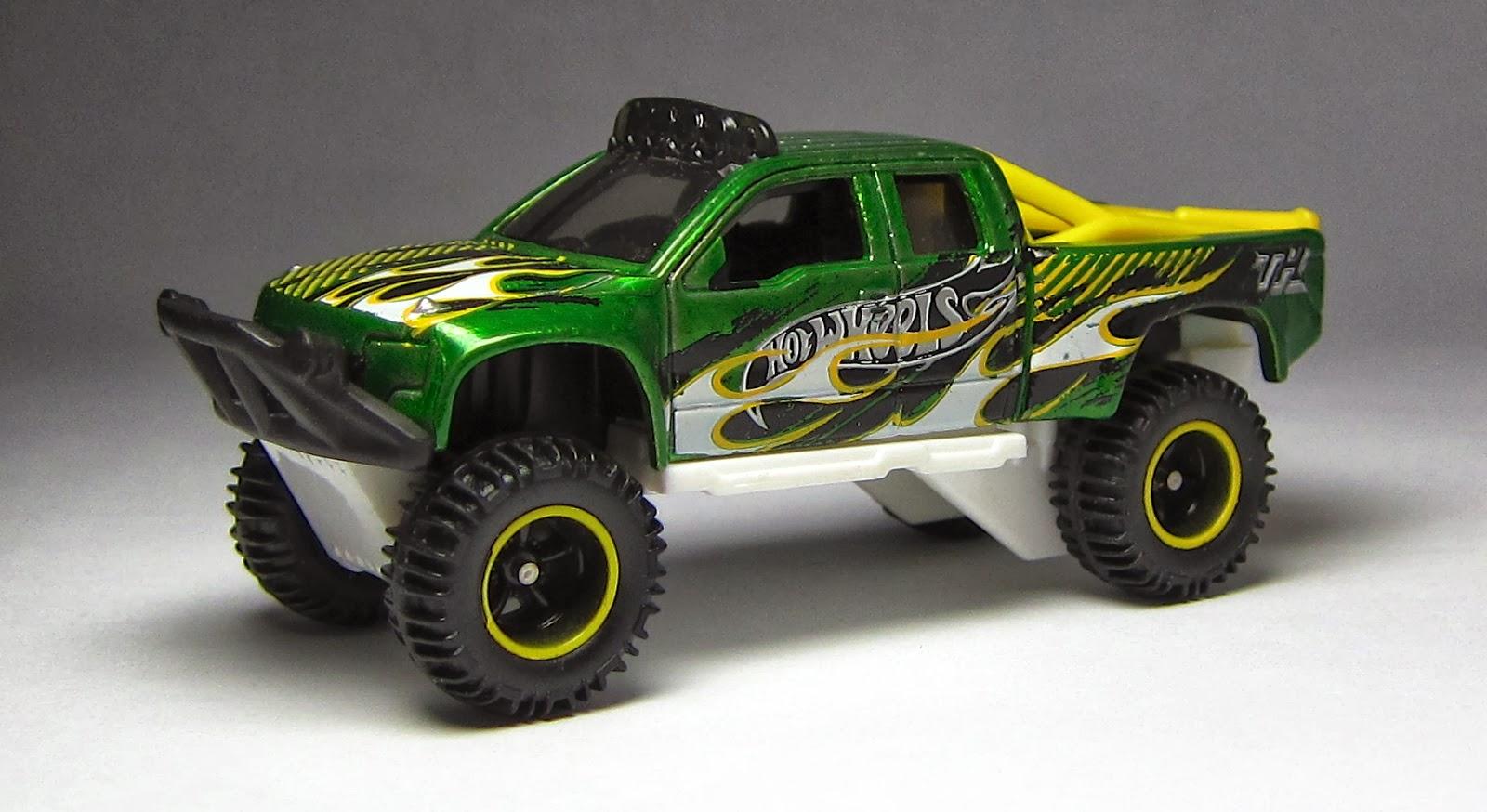 Hot Wheels Sandblaster (2014 Super Treasure Hunt):