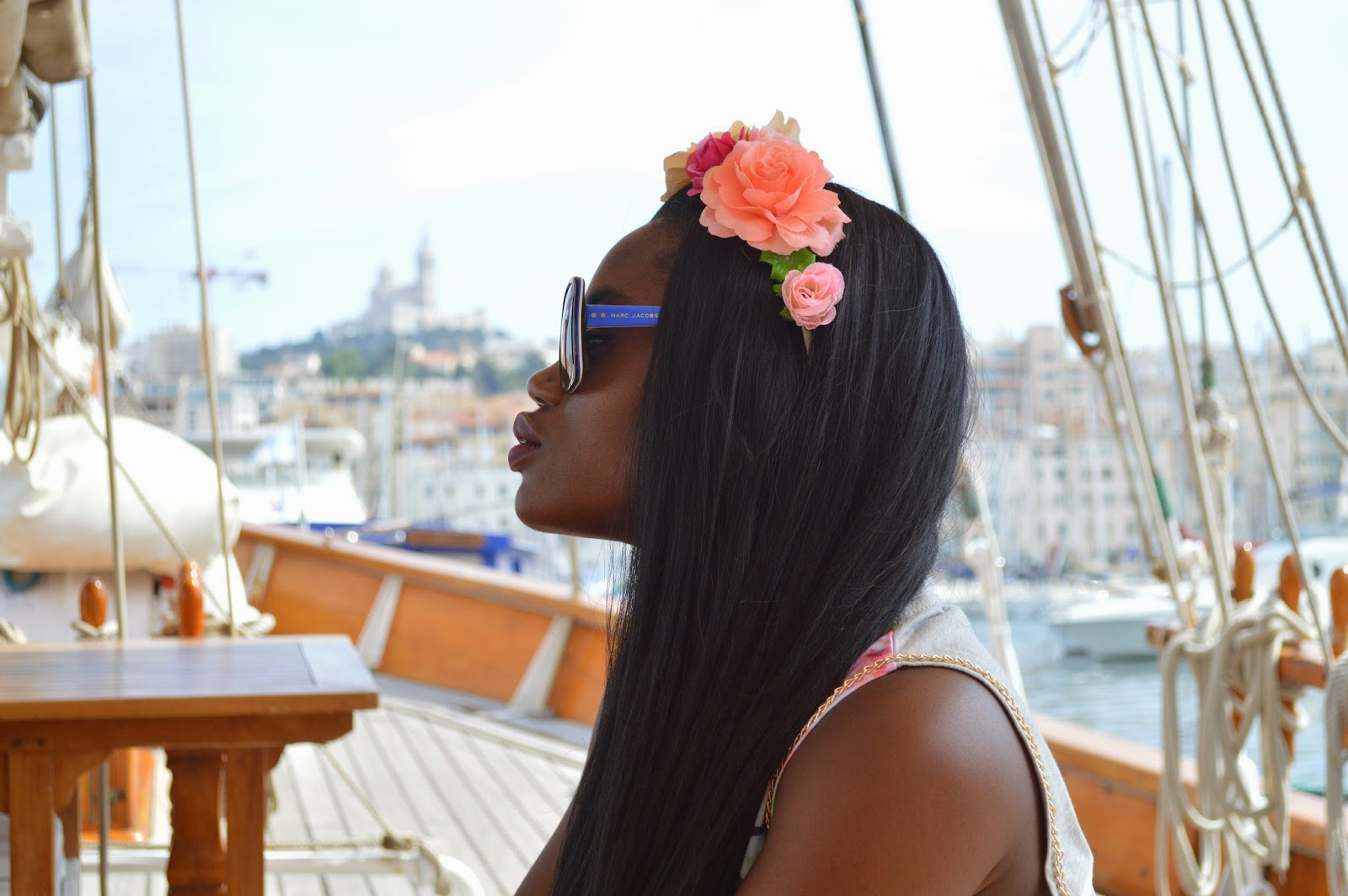 https://devheelboudoir.blogspot.com ; couronne de fleur, primark, blog mode marseille, blogueuse marseille