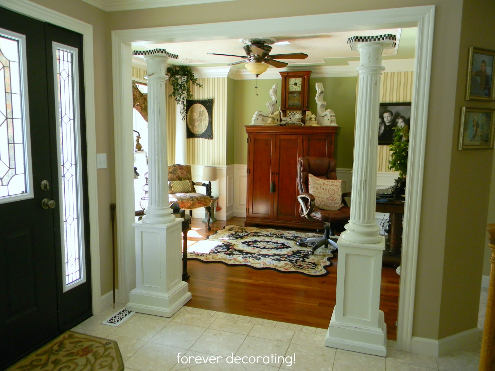 Look you can see another column in the background! & The Rest Of The Story...on our Pillars! | Jojos Decorating Dilemmas