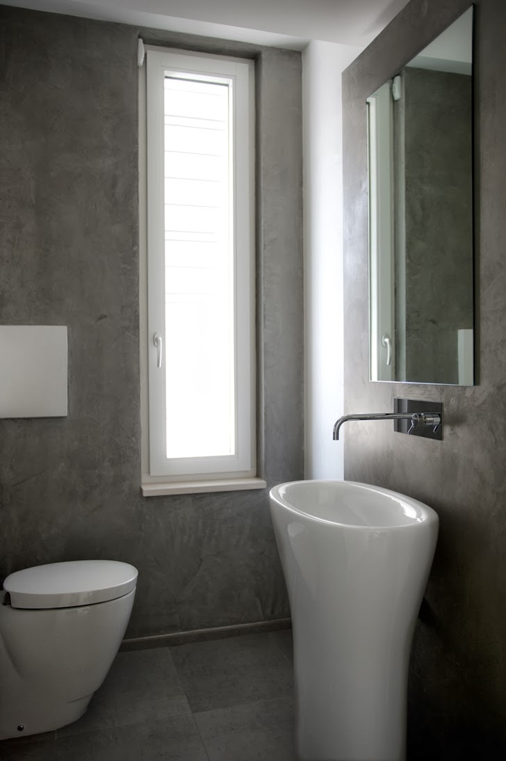 Small bathroom in Modern villa Di Gioia by Pedone Working