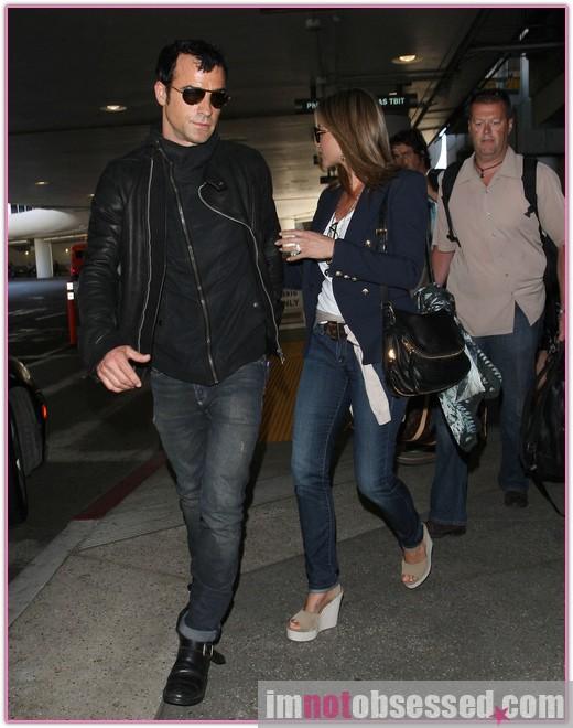 Is Jennifer Aniston Engaged? » Gossip