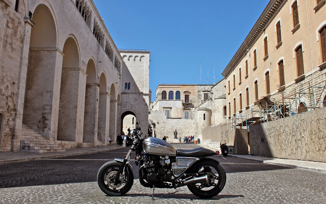 Honda CBX750F2 By Shaka Garage