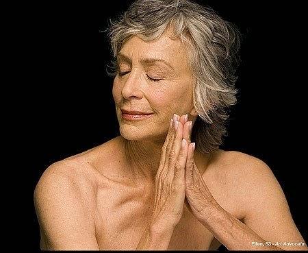 Mujer anciana desnuda Nude Photos 25