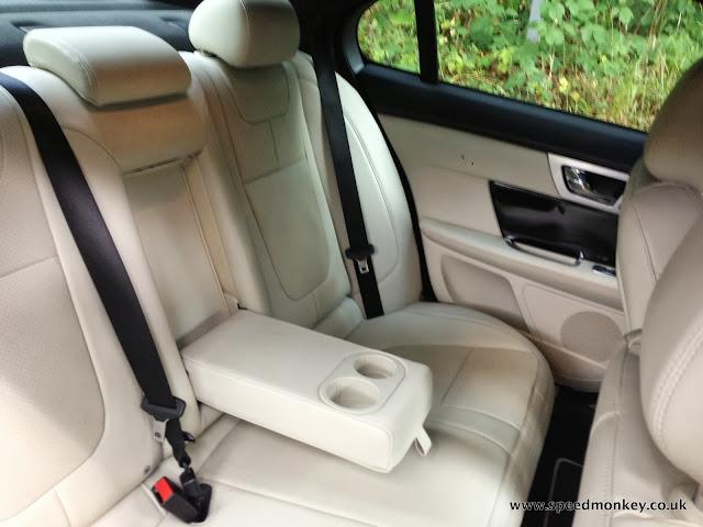 Jaguar XF V6 Portfolio rear seats