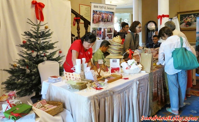 Le Marche De Noel Gives Joy To The Children, Le Marche De Noel, French Christmas Charity Bazaar, Charity Bazaar, French Christmas, Carcosa Seri Negara, Make A Wish Malaysia, A-Heart for A-Heart