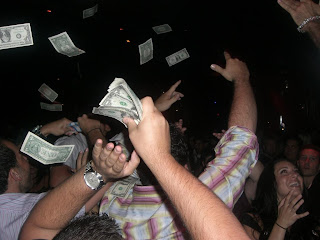 making it rain in vegas