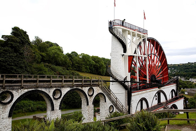 World's Largest Water Wheel