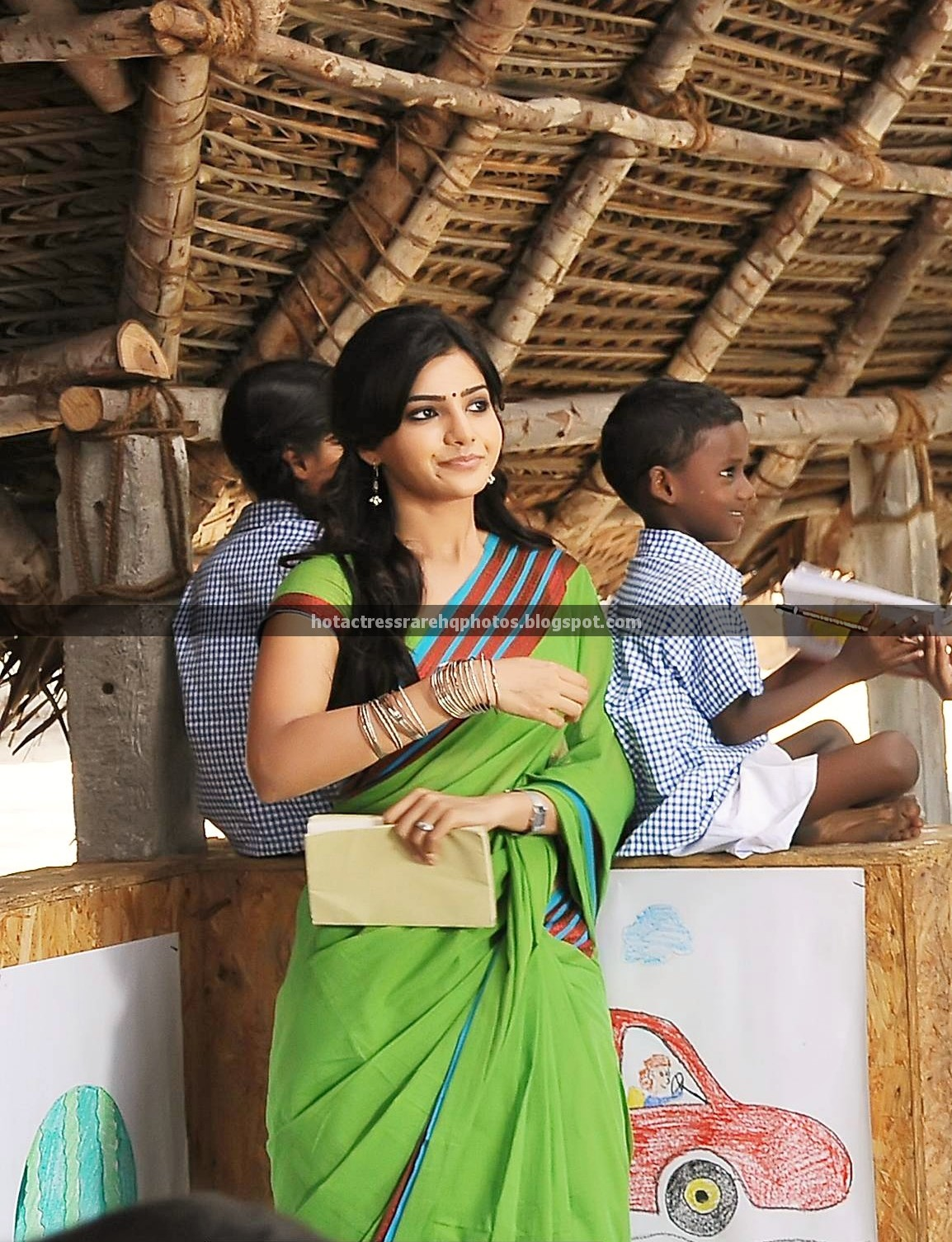 http://4.bp.blogspot.com/-fQtn2ZW7Pw0/UNgzXtZvFmI/AAAAAAAAFgw/lUGvgcVOvCw/s1600/Samantha_Ruth_Prabhu_Unseen_Color_Saree_Photos_from_NEP_1.jpg