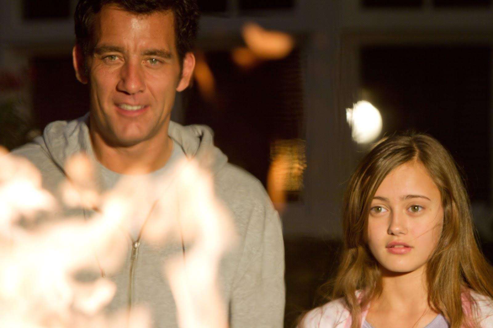 http://4.bp.blogspot.com/-fQyp8S0O7uI/UIfVrbKnoAI/AAAAAAAABpM/SqTz9-Lt504/s1600/intruders-movie-image-clive-owen-03.jpg