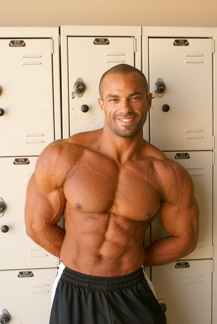 worldwide bodybuilders muscle papi from costa rica