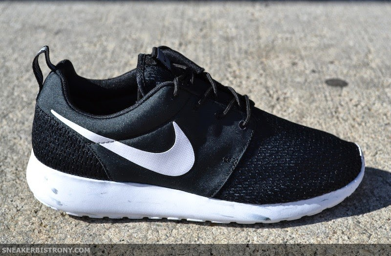 Nike Roshe Run Black Anthracite White