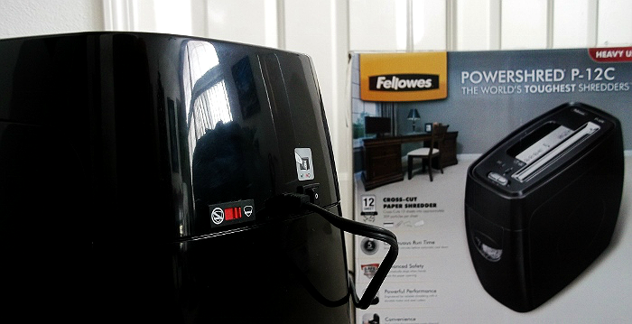 #IDSafetySeason @FellowesInc Powershred P-12