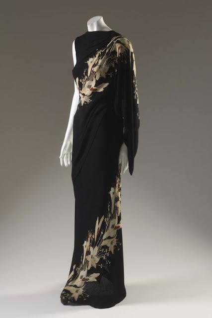Elsa-Schiaparelli-dress-printed-black