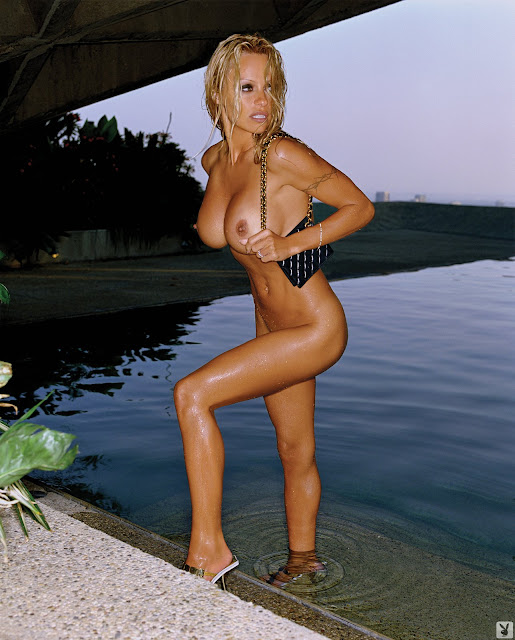08 xl Pamela Anderson   Playboy Magazine HQ [2007]