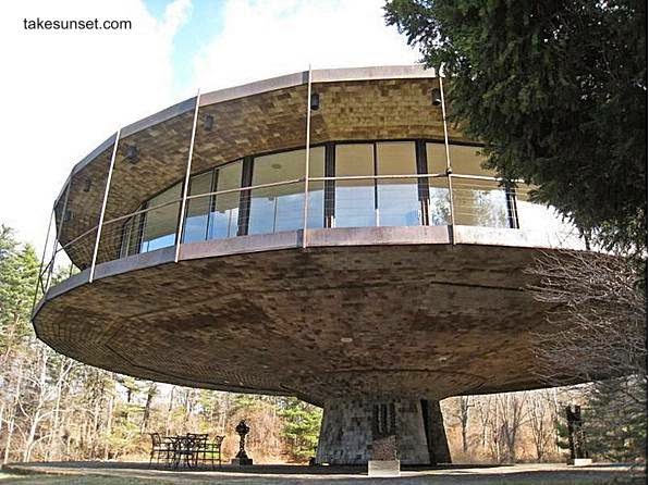 Arquitectura de casas la casa redonda round house en for Casas modernas redondas