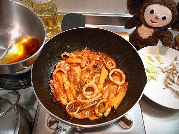 イカとジャガイモのキムチ炒めの作り方(5)
