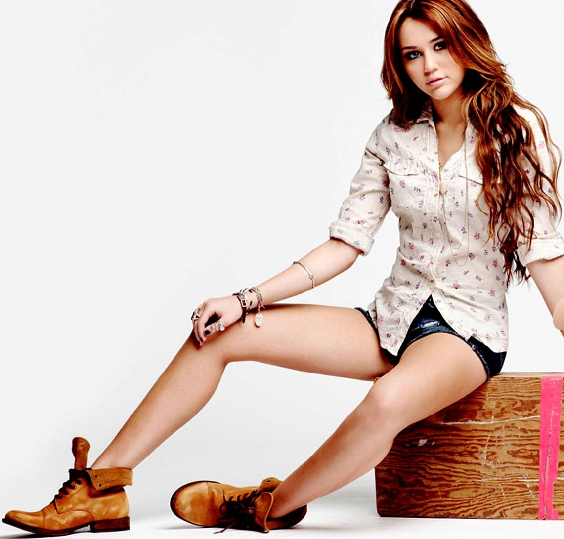 All About HD Wallpapers: Miley Cyrus New HD Wallpapers 2013