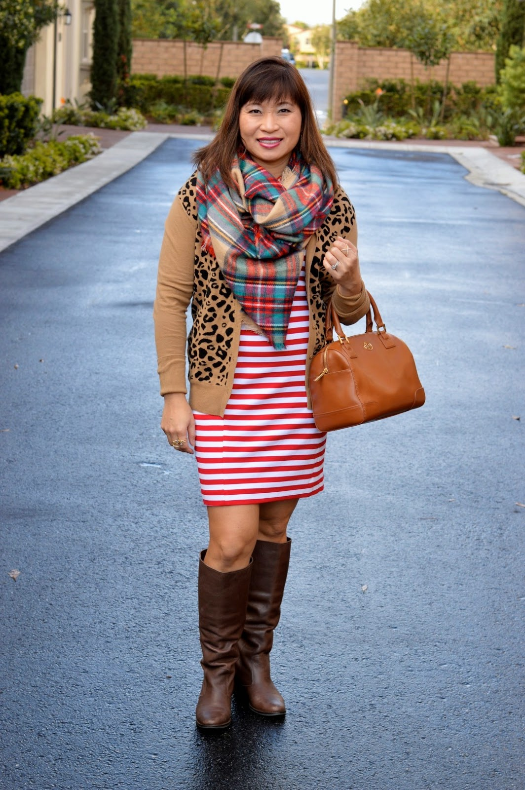 Pattern Mixing, fashion over 40, target leopard cardigan, target plaid scarf