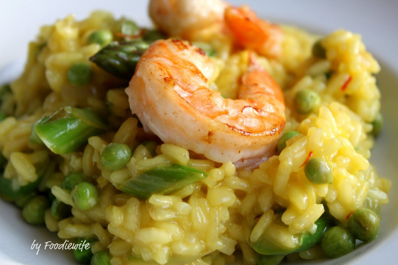 A Feast for the Eyes: Asparagus, Pea and Saffron Risotto ...