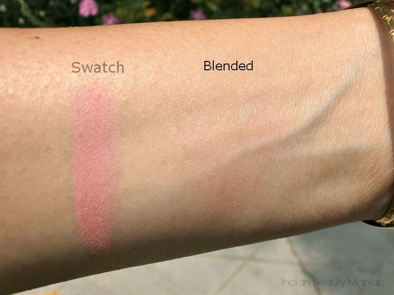 Maybelline New York Cheeky Glow Blush in Peachy Sweetie Swatch