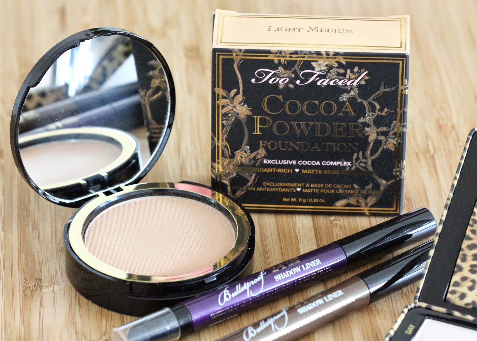 New make up from Too Faced: Bulletproof eyeliner, Cat Eyes palette and Cocoa Powder Foundation