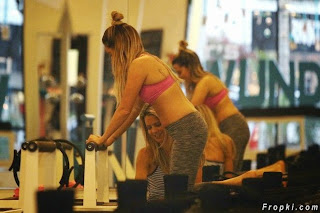 Ashley Tisdale   Gym Workout in Studio City 1.jpg
