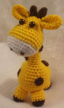 Amigurumi Sincap Yapilisi : Amigurumi orgu oyuncak sevimli zurafa yapilisi Tiny Mini ...