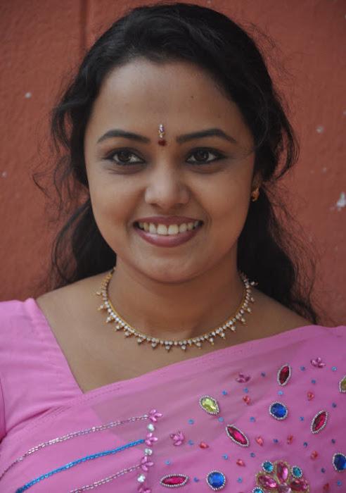 lavanya in saree hot images