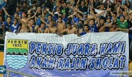 Babak Semi Final Piala Presiden: Mitra Kukar vs Persib Bandung Minggu, 4 Okt 2015