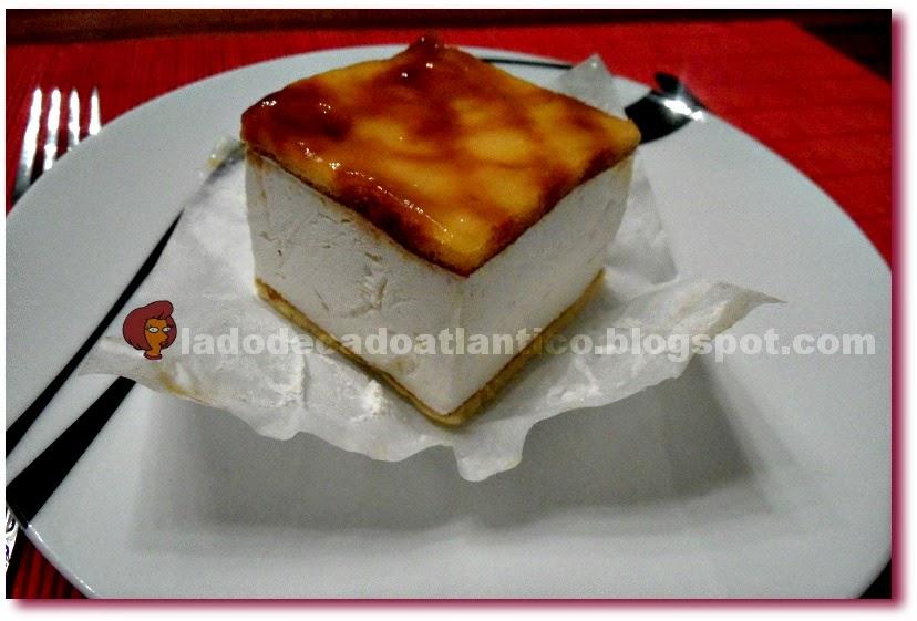 Imagem de doce da Pastelaria e Casa de Chá Versailles de Lisboa, servido num prato de sobremesa da linha Jazz da Spal