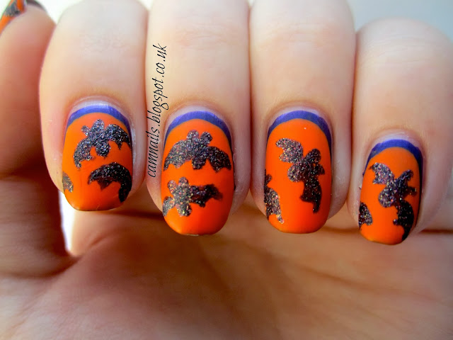 bats-halloween-nail-art-manicure-texture-orange
