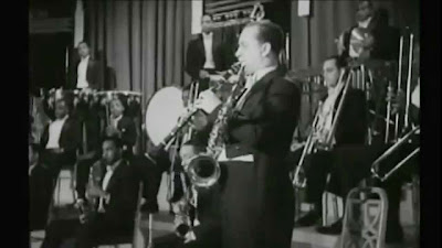 http://jazzdocu.blogspot.it/2014/11/storia-del-jazz-5-la-swing-era-e-le.html