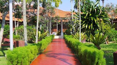 hotel impian garden