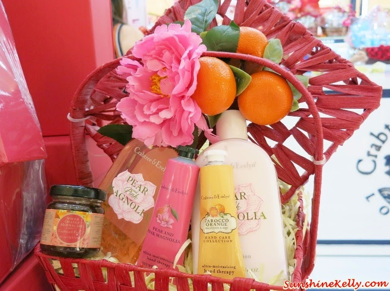 Crabtree & Evelyn Pear & Pink Magnolia Set, Crabtree & Evelyn, CNY Fine Food Collection 2015, Chinese New Year Fine Food Hamper, Fine Food, Pear and Pink Magnolia Bath and Body, Crabtree & Evelyn CNY, CNY 2015