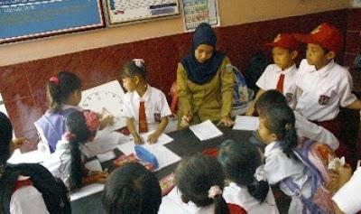 Usulan Guru SD Dampingi Siswa Sejak Kelas I - VI