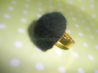 Χειροποίητο δαχτυλίδι από μαύρο felt