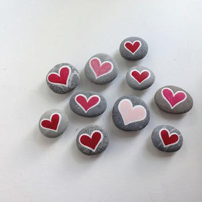 El blog de la elena un blog dulce divertido y entretenido piedras pintadas 7 piedras decoradas - Piedras para decorar ...