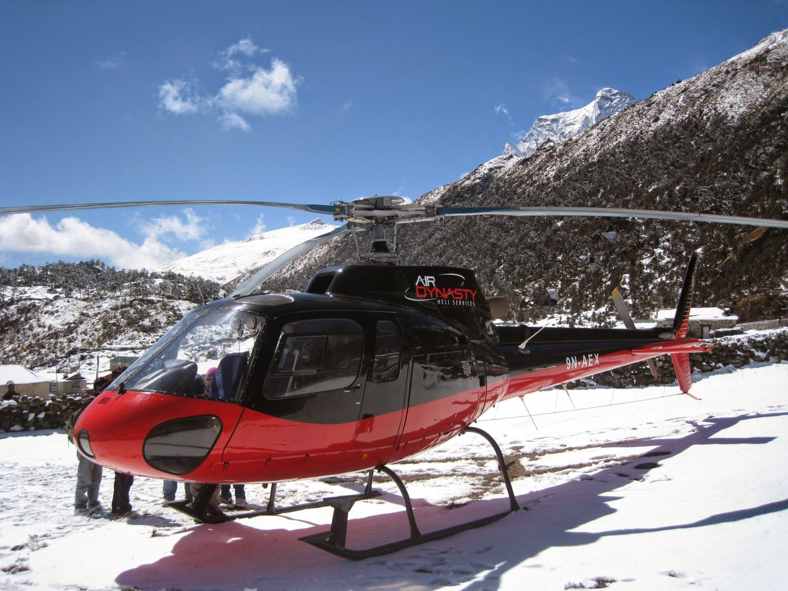 helicopter rescue services in nepal