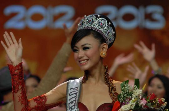 Foto Finalis dan Pemenang Miss Celebrity Indonesia 2011 ...