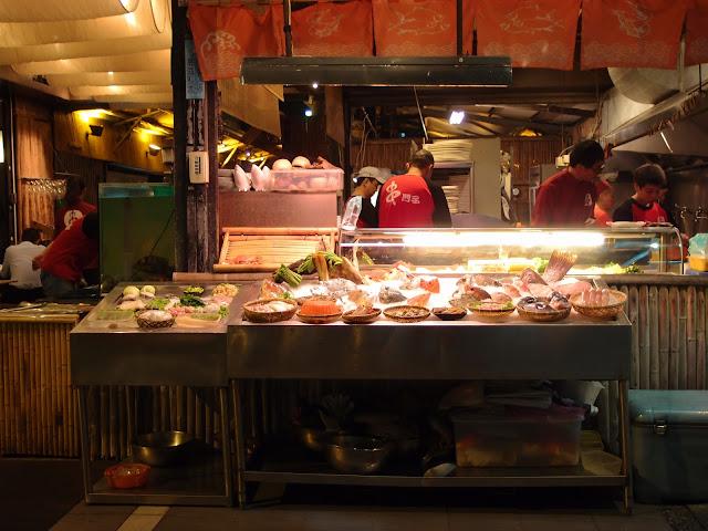 科科愛吃喝: [高雄新興] 串門子日式海鮮串燒