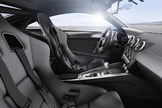 Audi Quattro Ultra interni