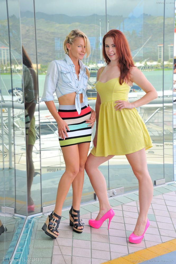 blonde girls sucking clit